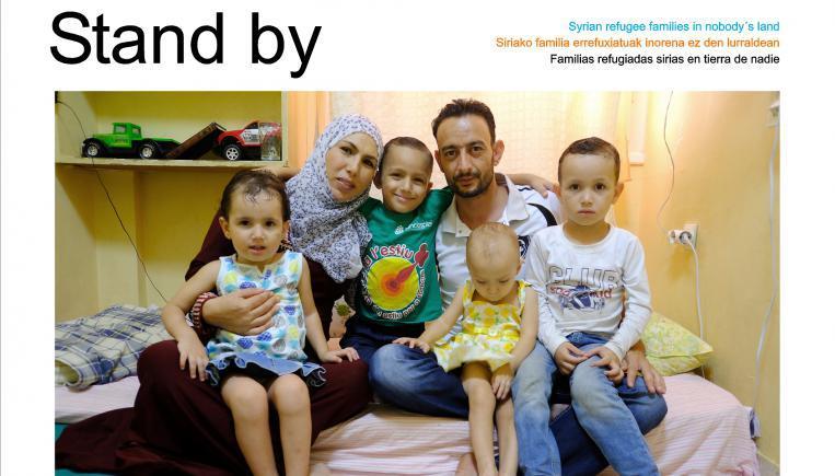 Stand by,  exposición sobre familias refugiadas sirias