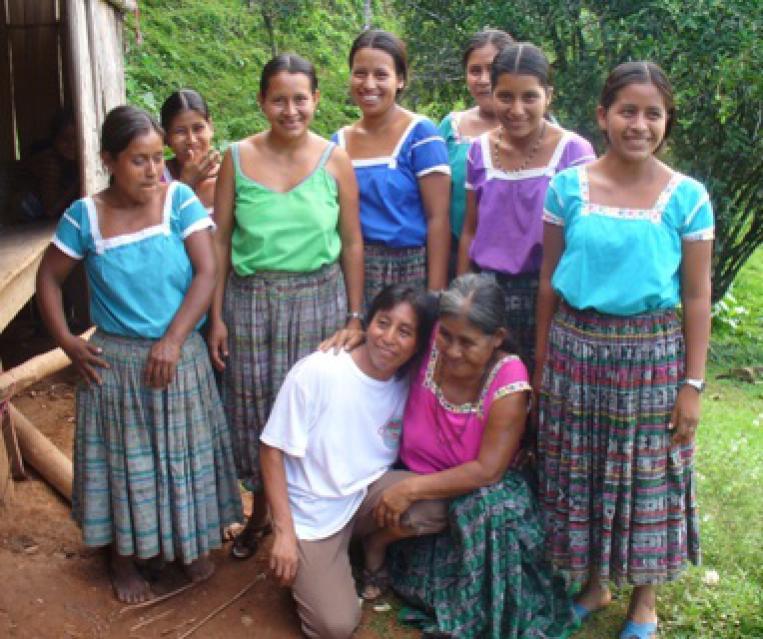 Denon Artean Denetik y Kutxa Fundazioa apoyan a las mujeres indígenas del Ixcán