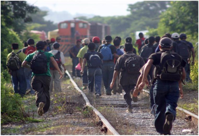 Irizar recibe la visita de la directora del Servicio Jesuita a Refugiados en México