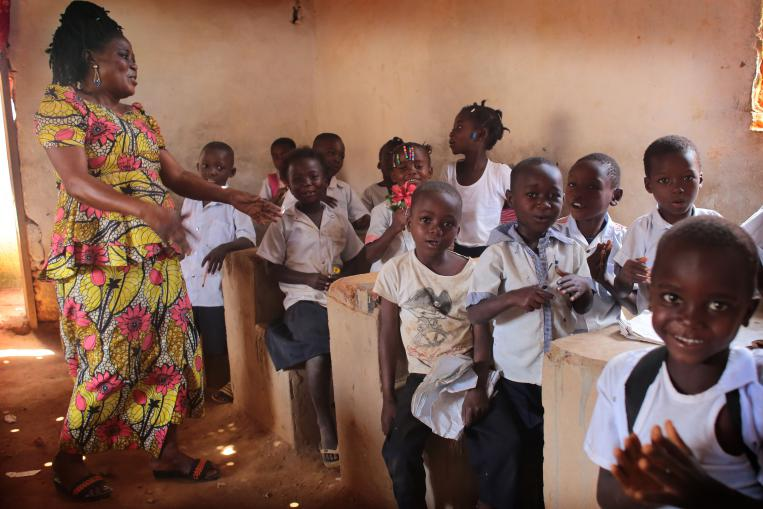 SALTO Systems apoya el acceso a la educación de calidad en R.D. Congo