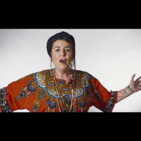 """Embedded thumbnail for """"MAMA ÁFRICA"""" Amparo Sánchez y la ONG ALBOAN por las mujeres de Congo"""