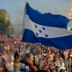 Hondurasen justizia eta demokraziaren alde